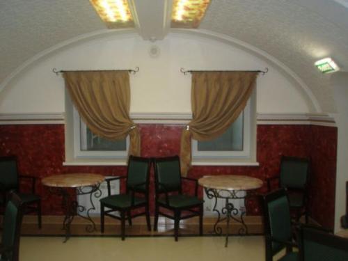 shtory-dlya-restorana-v-orenburge (10)