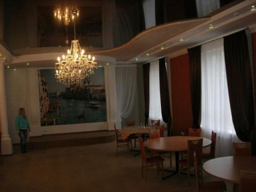 shtory-dlya-restorana-v-orenburge (2)